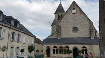 TOURY église