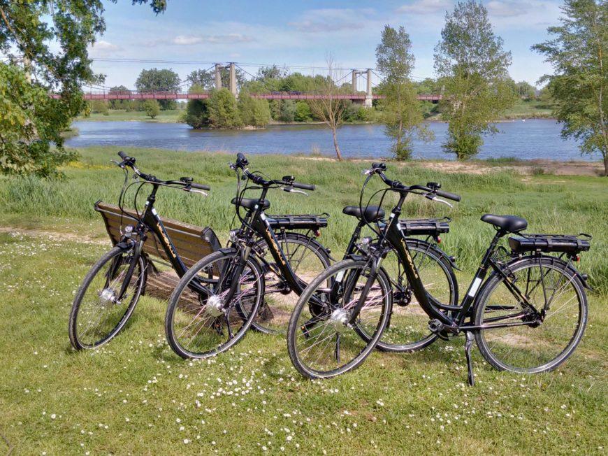 Location de vélos – VTC et électriques à MEUNG-SUR-LOIRE © OT TDVL