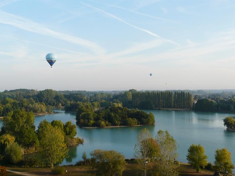 Promenade autour du lac à CHALETTE-SUR-LOING © Ville de Chalette