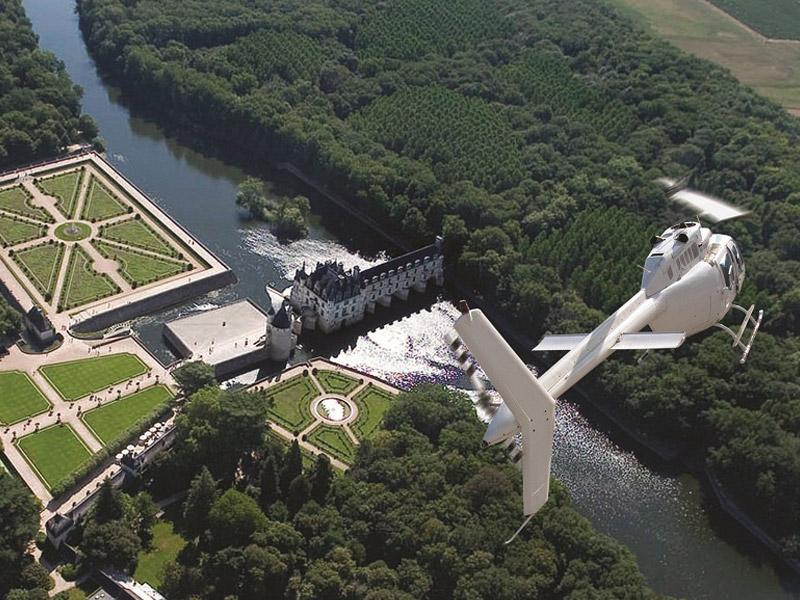 Air Touraine Hélicoptère à TOURS © Droits réservés