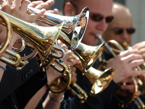 Festival Brass Band en Bourgueillois à COTEAUX-SUR-LOIRE © Brass Band