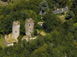 Château de Cinq-Mars et Parc à CINQ-MARS-LA-PILE - 2  © château de cinq mars la pile