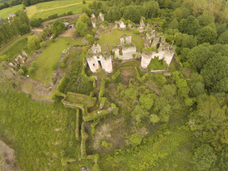 Château de Vaujours à CHATEAU-LA-VALLIERE ©  Antoine Pilette