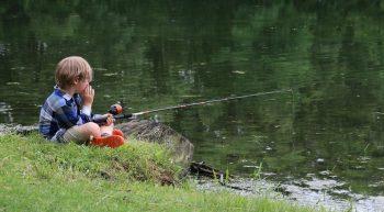 child-fishing-3867994_1280