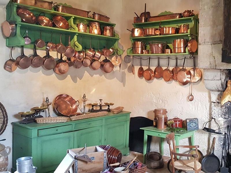 Ouverture de cuisine  au château de Champchevrier à CLERE-LES-PINS © vincent simon