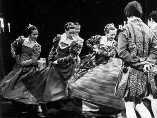 «Dansez à la Renaissance» à LANGEAIS - 2  © Château de Langeais