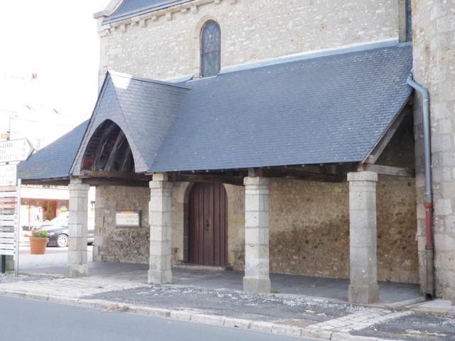 Eglise Saint-Pierre à TRAINOU © CDL