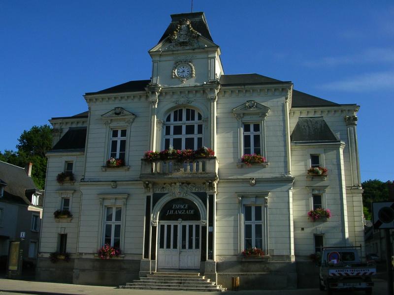 Cinéma – Salle Jean-Hugues Anglade à LANGEAIS ©  Droits Réservés