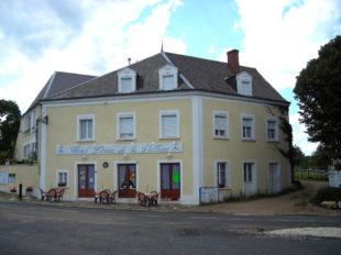 Hôtel Louise de la Vallière à CHATEAU-LA-VALLIERE - 5  ©  Henri Maout