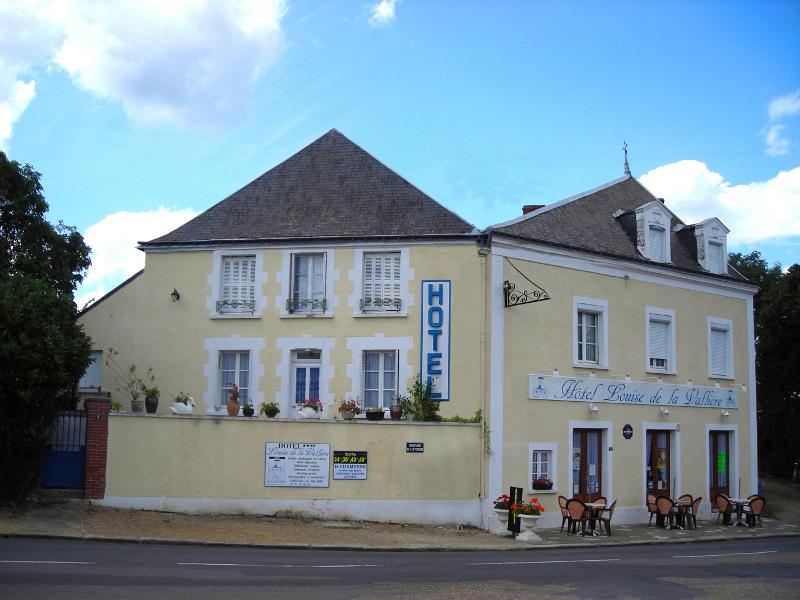 Hôtel Louise de la Vallière à CHATEAU-LA-VALLIERE ©  Henri Maout