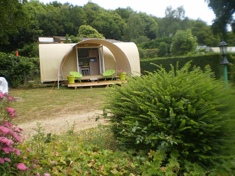 Camping Le Bois Jahan à ARCISSES - 9  © Camping Le Bois Jahan