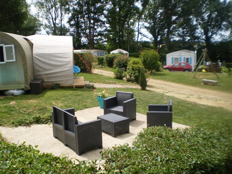 Camping Le Bois Jahan à ARCISSES - 14  © Camping Le Bois Jahan