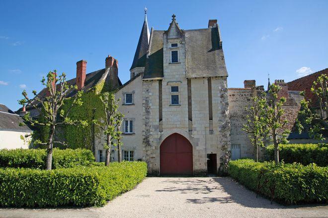 Le Vieux Château à COTEAUX-SUR-LOIRE ©  BAC - Le vieux Château