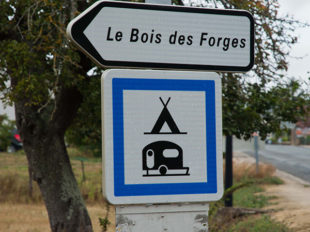 Camping naturiste «Club du soleil de Touraine» à CLERE-LES-PINS - 13  ©  Club du Soleil