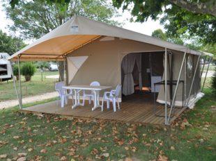 Camping Val de Flux à BEAUGENCY - 3  © bungalow toilé 4 pers