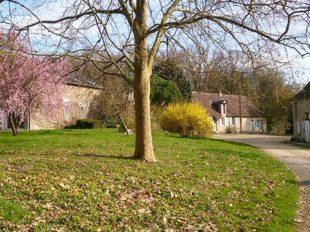 Parc de l'auberdière : Salle de réception et hébergement à SEPMES - 2  © Parc de l'Auberdière