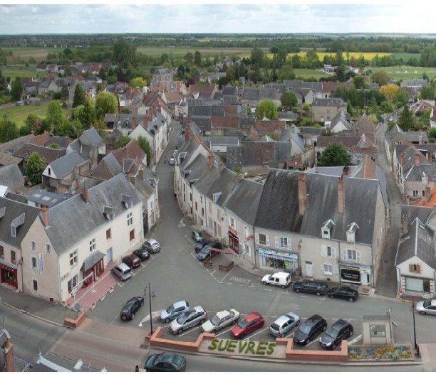 Relais du tourisme – Suèvres – Cour-sur-Loire à SUEVRES © 1