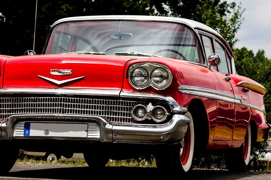 Rassemblement de voitures anciennes à BELLEGARDE © Pixabay