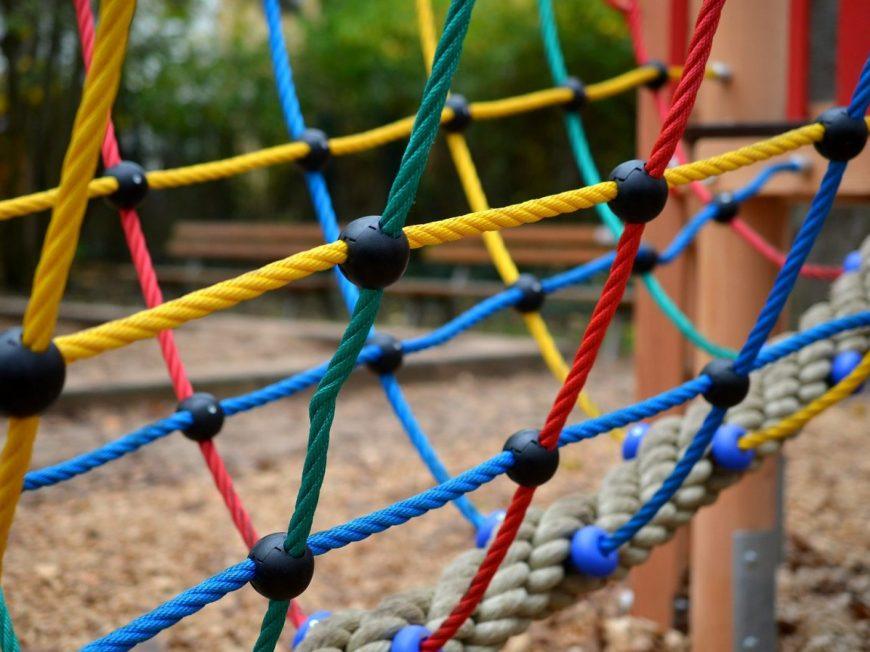 Aire de jeux Bazoches-en-Dunois à BAZOCHES-EN-DUNOIS © pixabay